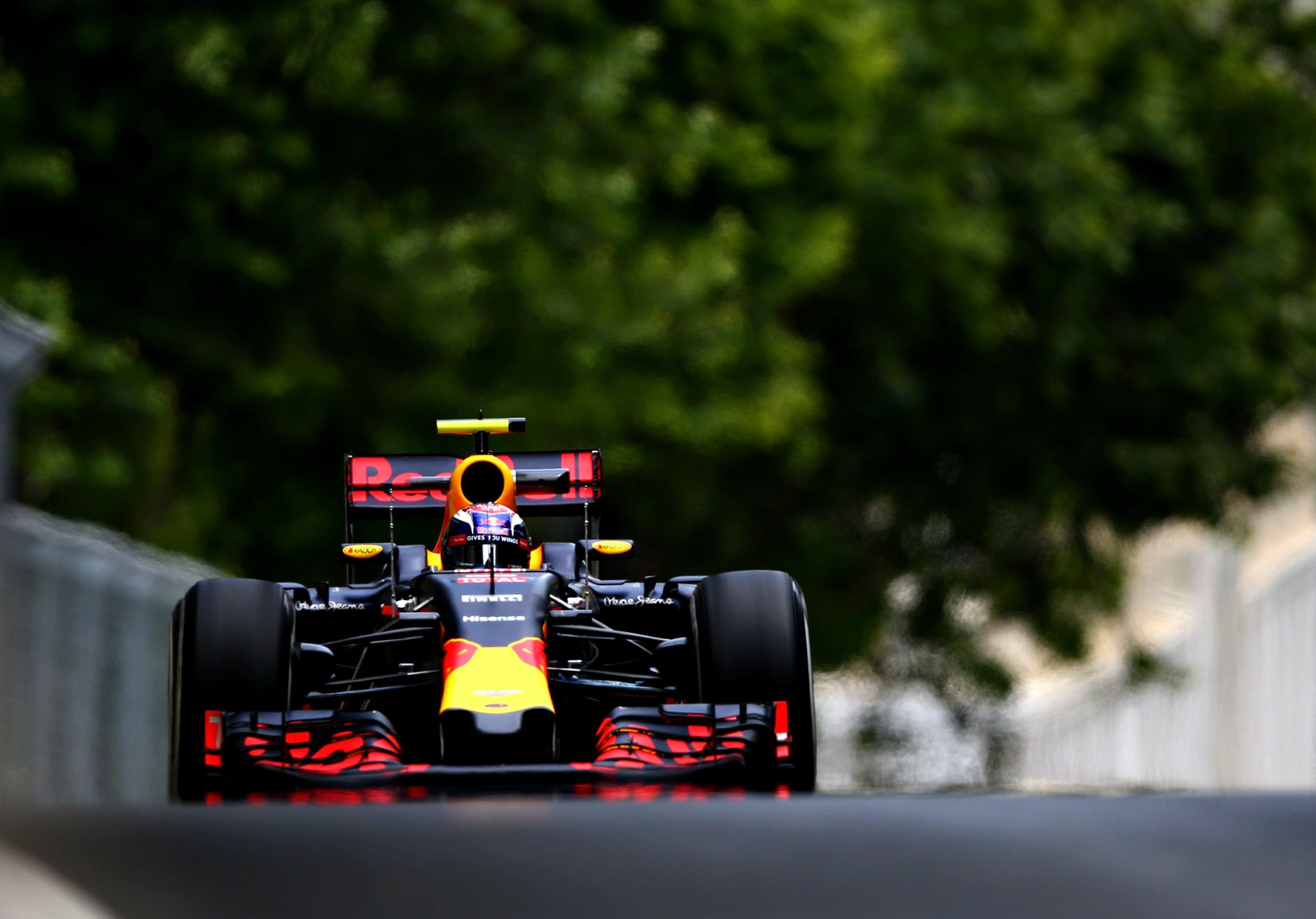 Max Verstappen kwalificatie GP Azerbeidzjan 1