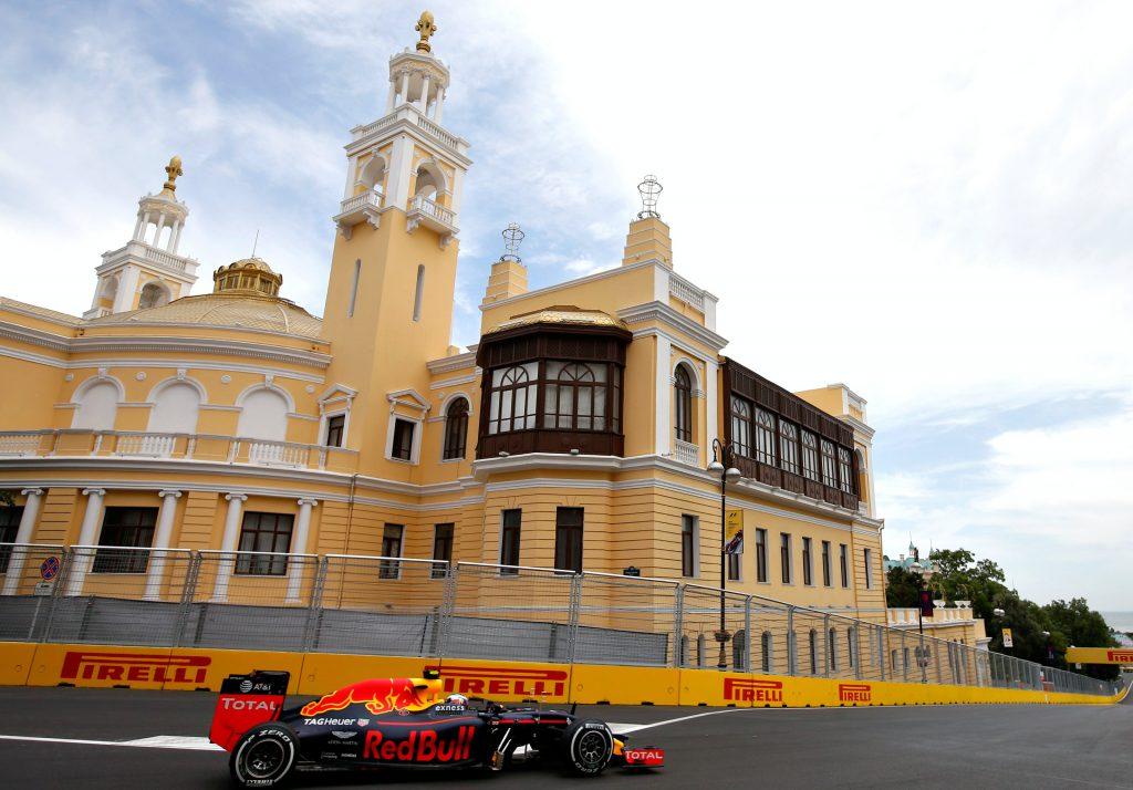 Max Verstappen kwalificatie GP Azerbeidzjan 2