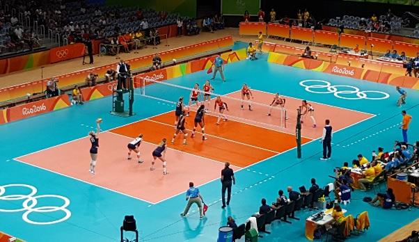 Nederlandse volleybaldames winnen van USA