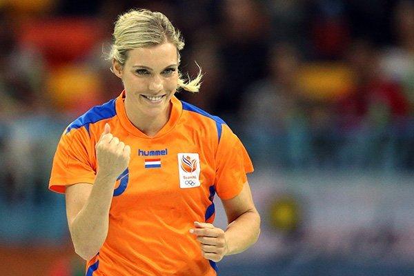 Overwinning Nederland handbal (3)