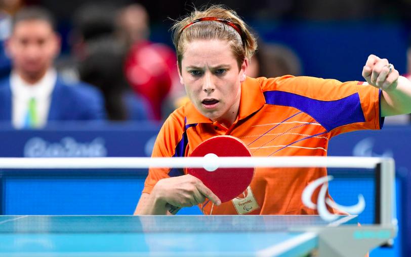 Kelly van Zon prolongeert paralympische titel