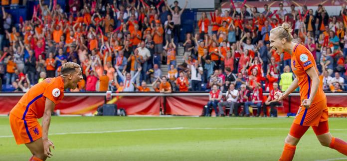 Oranje Leeuwinnen door naar de halve finale van het EK
